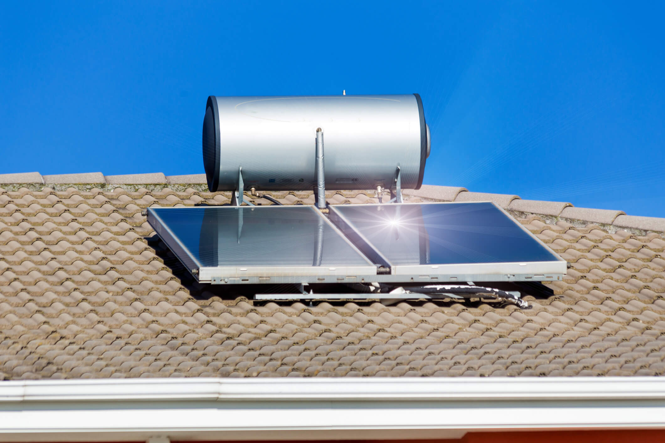 solar powered water heater on roof